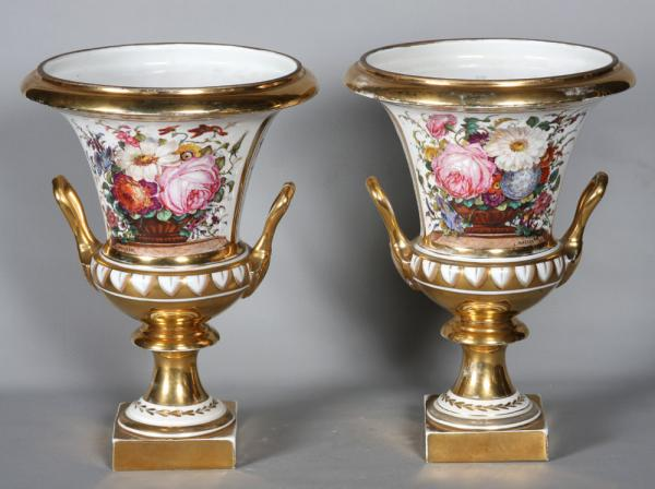 Very large pair of Medici vases, Empire