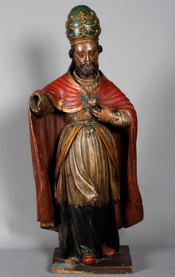 Large wooden sculptures from the 17th century, from the Pope,