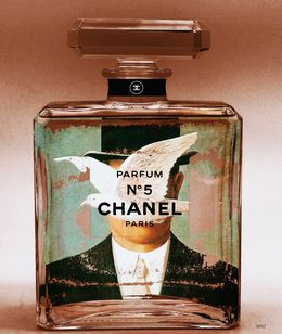 "Collection "" Chanel Autrement"" / Hommage à Magritte / Brown Man"